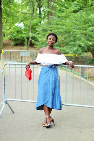 blue wrap Gap skirt