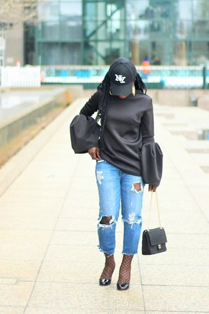 blue ripped Hudson jeans - black bell sleeve shein top