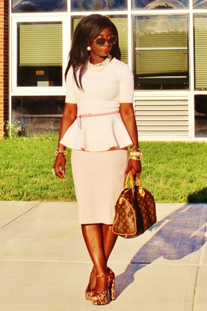 light pink peplum H&M shirt - dark brown speedy 30 Louis Vuitton purse