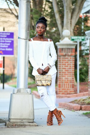 white N Nicholas blouse
