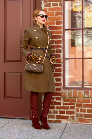 brick red brian atwood boots - dark brown Louis Vuitton bag