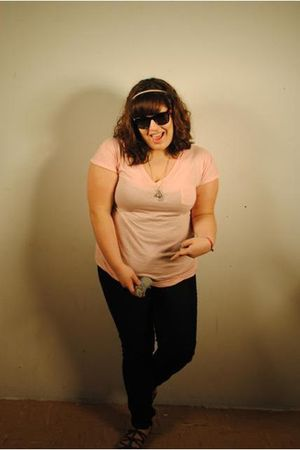 Forever 21 t-shirt - Forever 21 jeans - Target sunglasses - kohls shoes