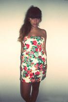 floral print Zara dress
