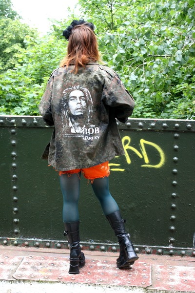 army green bob marley camo thrifted vintage jacket