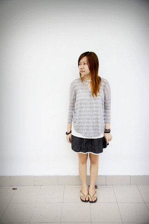 silver stripes top - eggshell polka dots top - navy denim skirt