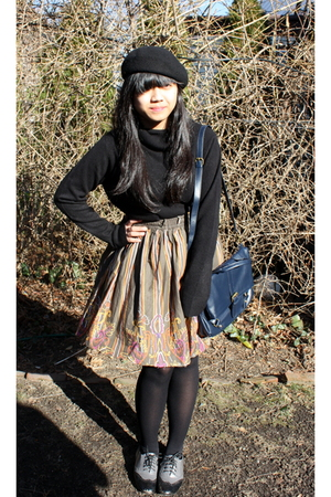 black hat - black shirt - blue purse - black tights - gray Oxford shoes shoes -
