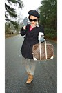 Forever-21-coat-beret-h-m-hat-louis-vuitton-bag-wedges-urbanog-sneakers