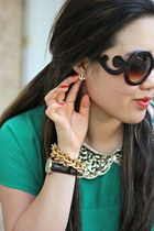 green Forever 21 top - gold Stella & Dot accessories