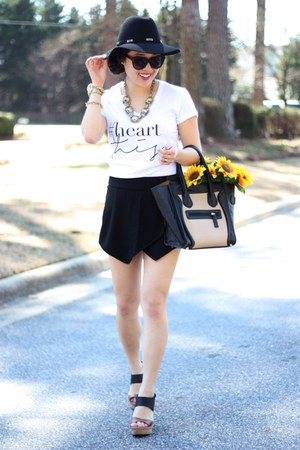 white graphic tee Luciana M shirt - black Forever 21 hat