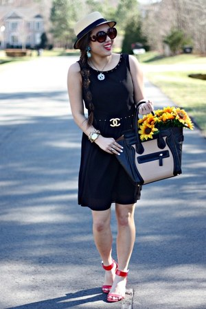 gold Chanel accessories - black White Plum Boutique dress