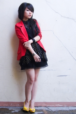 black skirt - yellow gojanecom shoes - red vintage store blazer - black bracelet