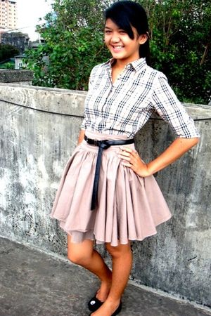 Burberry shirt - Zara shoes - Zara skirt - vintage belt