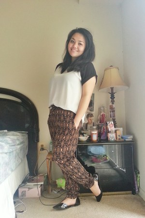 Forever 21 pants - Old Navy shoes - Forever 21 blouse