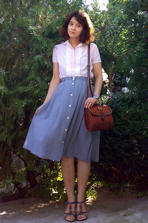 brick red vintage Marc Chantal purse - blue midi thrifted skirt