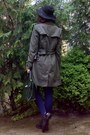 Army-green-trench-camaïeu-coat-navy-tights-dark-brown-paisley-thrifted-scarf
