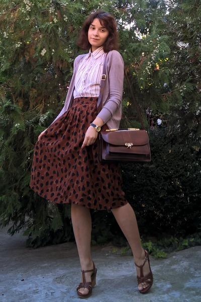 cream striped Amisu shirt - crimson leather vintage purse