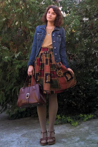 Navy-denim-h-m-jacket-tan-tights-crimson-thrifted-purse