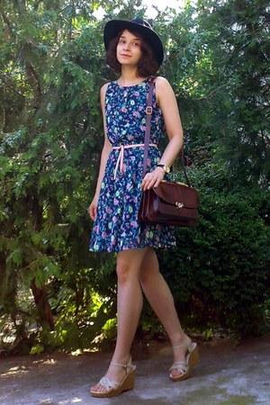 navy gifted floral dress - black gifted H&M hat - crimson leather vintage purse
