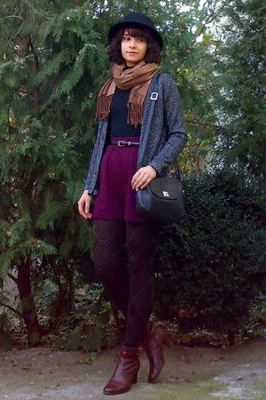 brick red leather boots - dark brown tights - brown floral thrifted scarf
