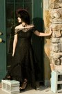 Black-vintage-lace-dress-black-handmade-hat-black-life-stride-heels-black-