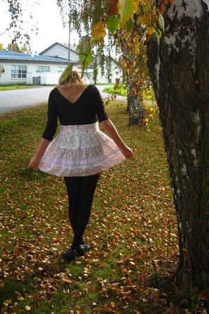 2hand skirt - 2hand top
