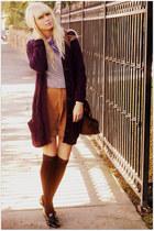 navy vintage sweater - bronze Zara shorts