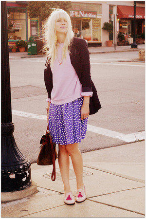 light purple vintage sweater - light pink Steve Madden shoes