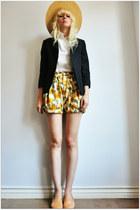 vintage blazer - vintage shorts - vintage blouse