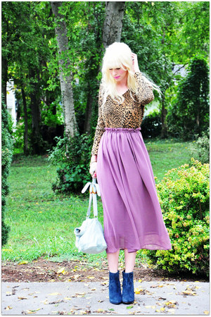 romwe skirt - vintage sweater