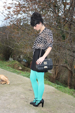 aquamarine Dorohy Perkins tights - black purple shirt - black Love Moschino bag