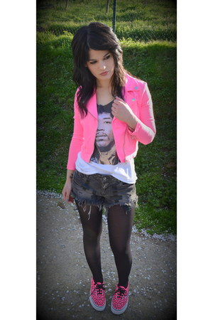 hot pink H&amp;M jacket - white H&amp;M shirt - gray Zara shorts