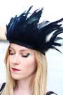 Black-feather-crown-diy-hair-accessory