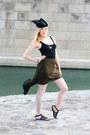 Black-feather-crown-diy-hair-accessory-black-bershka-bodysuit