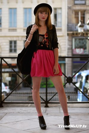 black H&M hat - black H&M jacket - black Minelli bag - ruby red H&M top