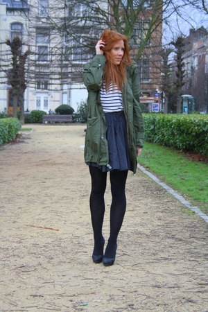 green thrift coat - white H&amp;M t-shirt - black H&amp;M skirt - black Zara shoes