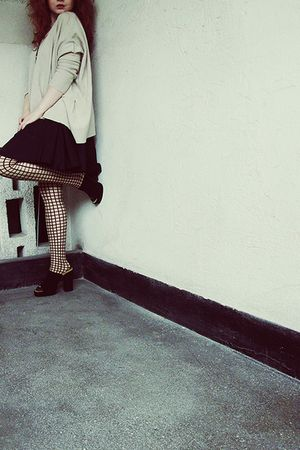 beige Stefanel sweater - black vintage skirt - beige Wolford tights - black vint
