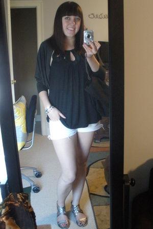 black Forever 21 shirt - white Forever 21 shorts - gray Forever 21 sweater - gol