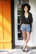black AngelsInn hat - blue Levis shorts - black H&M top - black H&M blouse - bla