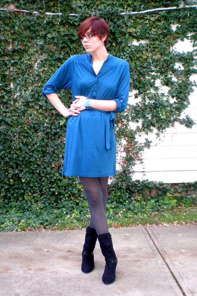 Gap dress - tights - Connie shoes - bracelet
