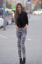 blue Zara pants - black vintage shirt - gold H&M necklace