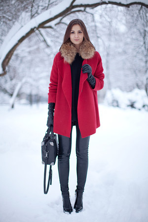 knitted nowIStyle coat - patent leather Zara boots - knitted nowIStyle sweater