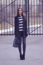 black Newlook boots - black H&M coat