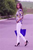 blue VJ-style bag - white Stradivarius jeans