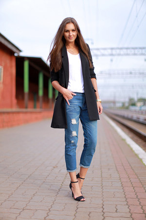 blue Chicova jeans - black H&M jacket - white H&M top - black Zara heels
