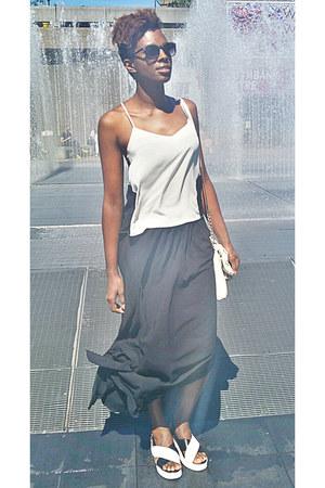 black wayfarer Boohoo sunglasses - black maxi skirt asos skirt