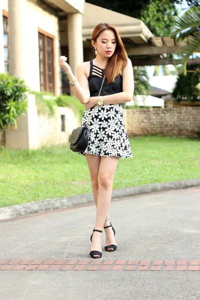 heels Zara shoes - floral Papaya clothing skirt - black Stylequench top