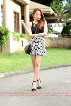 heels Zara shoes - floral Papaya clothing skirt - black Stylequench top