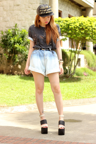 denim oversized shorts shorts - galaxy OASAP t-shirt