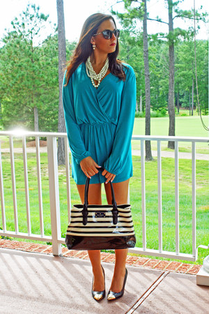 green crossover Tobi romper - white twisted pearl JCrew necklace