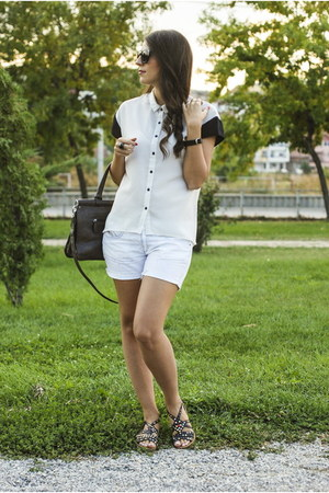 pull&bear shirt - Zara sandals